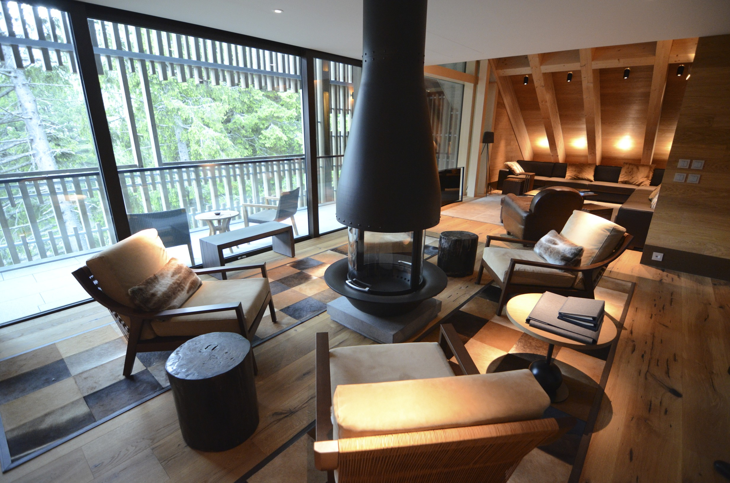 Le Foyer Hotel In Hanoi : Spectaculaire hotel au coeur de la suisse siège hublot