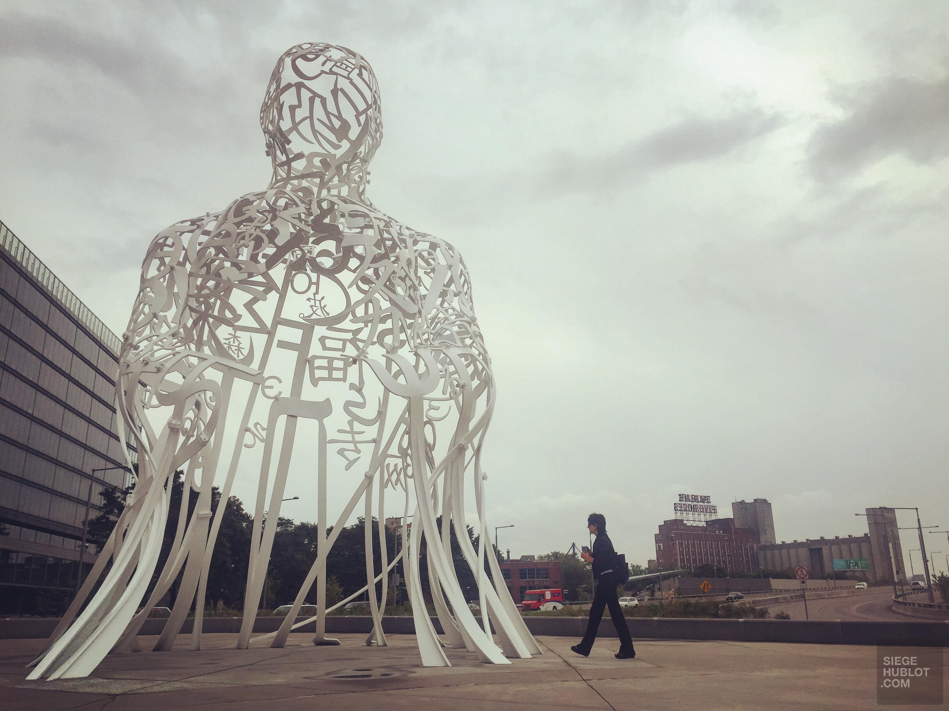 Le grand Plensa s'installe à Montréal